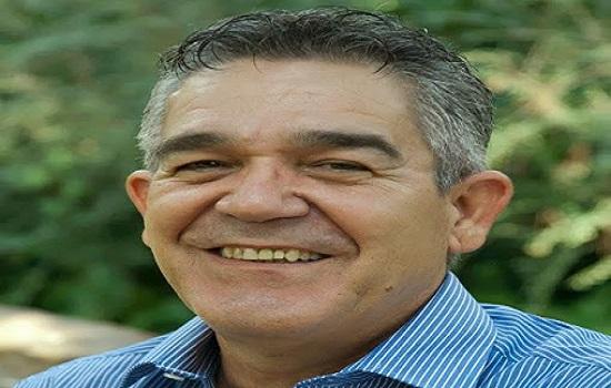 El escritor cubano Osvaldo-Antonio Ramírez