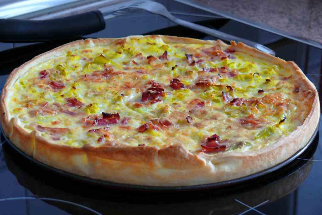 Quiche de puerro y bacon - Recetas merienda cena informal ...