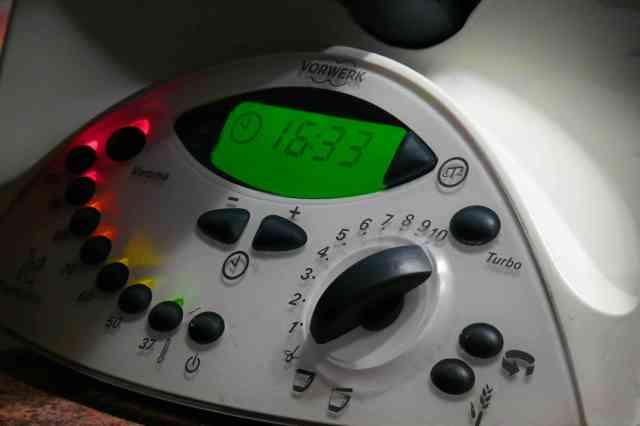 La pregunta de si merece la pena la thermomix TM31 se la hace mucha gente. La tenemos desde hace tres años y pensamos que sí rotundamente, recetas increbles
