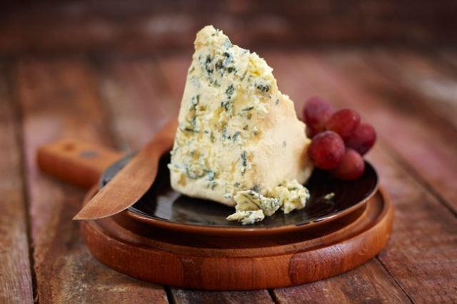 Artículo de traveler.es donde recogen los que consideran los 24 mejores quesos del planeta y con el honor de contar con varios quesos españoles