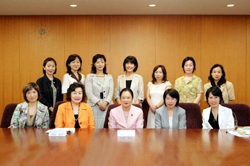 「環境ビジネスウーマン 女性メンバー一覧」の画像検索結果