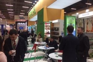 Empresas Brasileñas líderes en innovación en empaques y embalajes plásticos se toman la Andina Pack