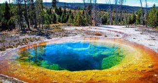 El encanto ancestral del Parque Nacional Yellowstone en Estados Unidos