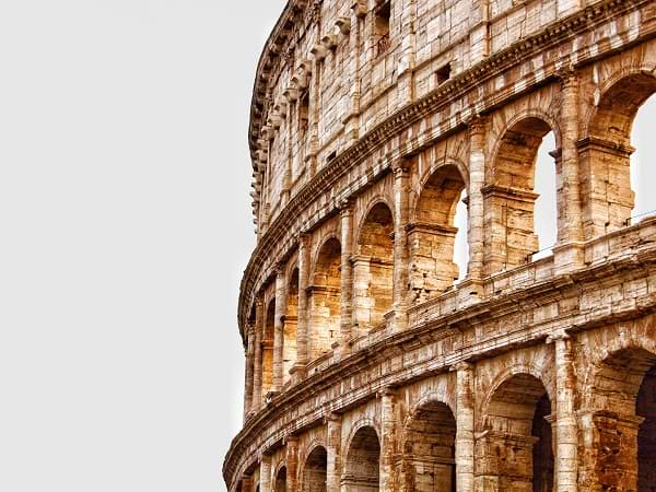 Coliseo romano en Roma, Italia - Razones para visitar Italia