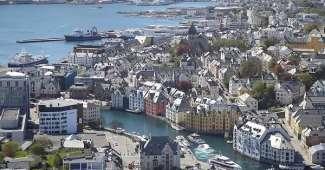 Noruega - Vista aérea de Alesund