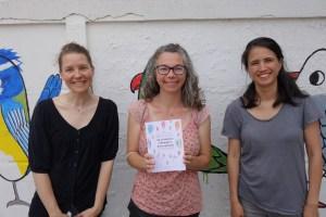 De gauche à droite : Jessie Lousteau (illustratrice), Adeline Grolleau, Mai Huynh (Graphiste)