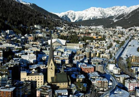 Davos, Switzerland  350 demands climate action as world leaders converge on Davos Davos