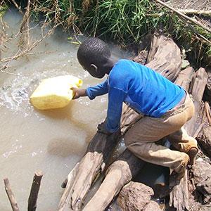 Water Pix  Report: Nigeria not getting enough water, sanitation aid Water Pix
