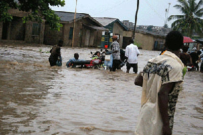 Flooding at Agege in Lagos a couple of years ago. According to the CCaR-Lagos, flooding in Lagos is a city-wide phenomenon