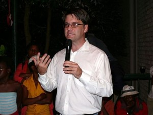 Bohmke  Journalists get capacity for investigative reporting Heinrich Bohmke 300x225