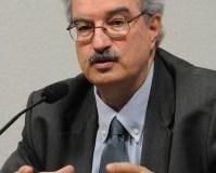 Braulio Ferreira de Souza Dias, Executive Secretary  Human health benefits from protecting biodiversity, says report 2088 SRL 7339a BraulioFerreira Dias 25 10 11 199x300