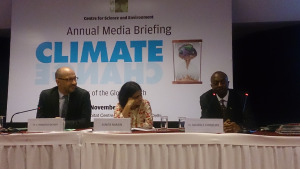 L-R: French Ambassador Francois Richier, CSE Director General Sunita Narain and Zambian Deputy Ambassador to India Sikapale Chinzewe, at the final day of the conference