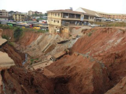 erosion  Erosion: NEWMAP appeals to Obosi community over slow pace of work Erosion