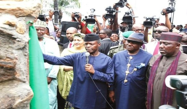 From right: Gov. Rochas Okorocha of Imo; Gov. Nyesom Wike of Rivers; Vice President, Prof. Yemi Osinbajo; and Minister of Environment, Mrs Amina Mohammed, during the launch of 'Clean-up of Ogoniland and other oil-spill affected communities in the Niger Delta' at Bodo Town in Gokana Local Government Area of Rivers State   Why piecemeal approach won't deliver on Ogoni clean-up cleanup