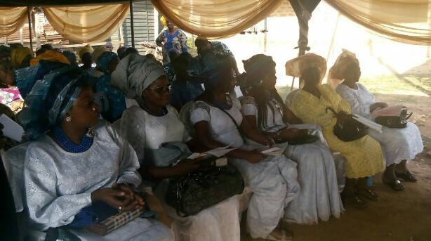 Members of the Olomola Family at the burial