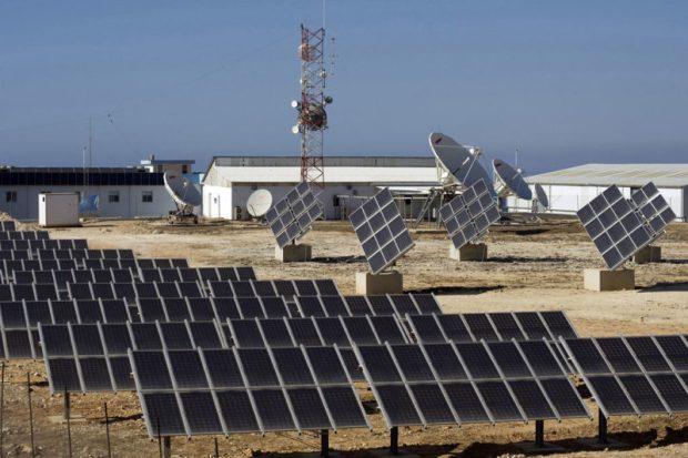 Renewable energy  Renewable energy crucial for sustainable development – Report UNIFIL Solar 7156261405 k e1480725198320