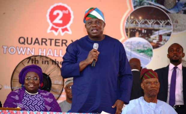 Akinwunmi-Ambode  Heaps of refuse will disappear 'in a couple of weeks' – Ambode Ambode e1492806659612