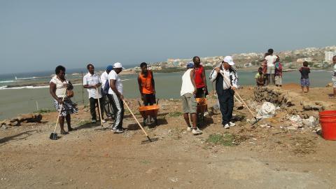 plastics-ban-cape-verde  Cape Verde outlaws plastic bags, Congo launches 'Blue Fund' sachets plastiques