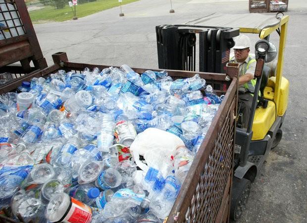 Plastic bottles National Parks