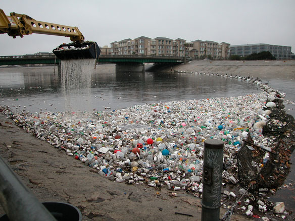Plastic pollution  30,000 tonnes of microplastics enter environment yearly – Study plastic pollution la