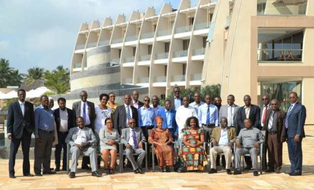 AfriOCAT   Exploring improved knowledge network on sustainable land management in Africa AfriOCAT Group Photo e1527888185125
