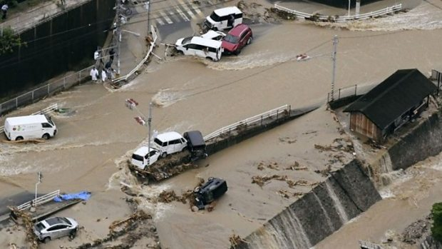Japan flooding  Disasters lead to drop in visitors to Japan for first time since 2013 Japan