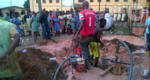 Drilling borehole