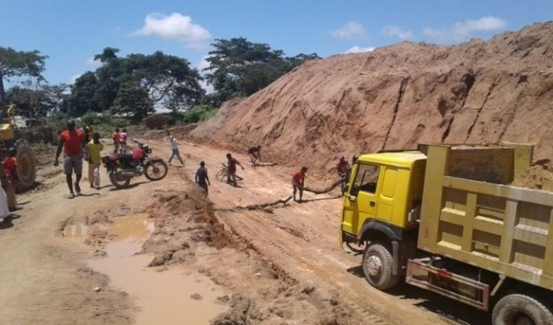 Chinese mining in Cameroon
