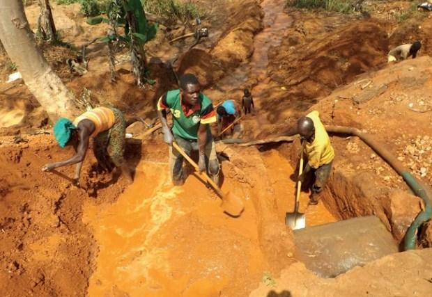 Artisinal mining in Cameroon