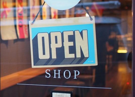 Luoghi commerciali e impatto dell'ambiente fisico sul cliente
