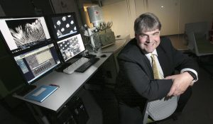 PHIL HOSSACK / WINNIPEG FREE PRESS Dr. Derek Oliver in the Manitoba Institute for Materials.