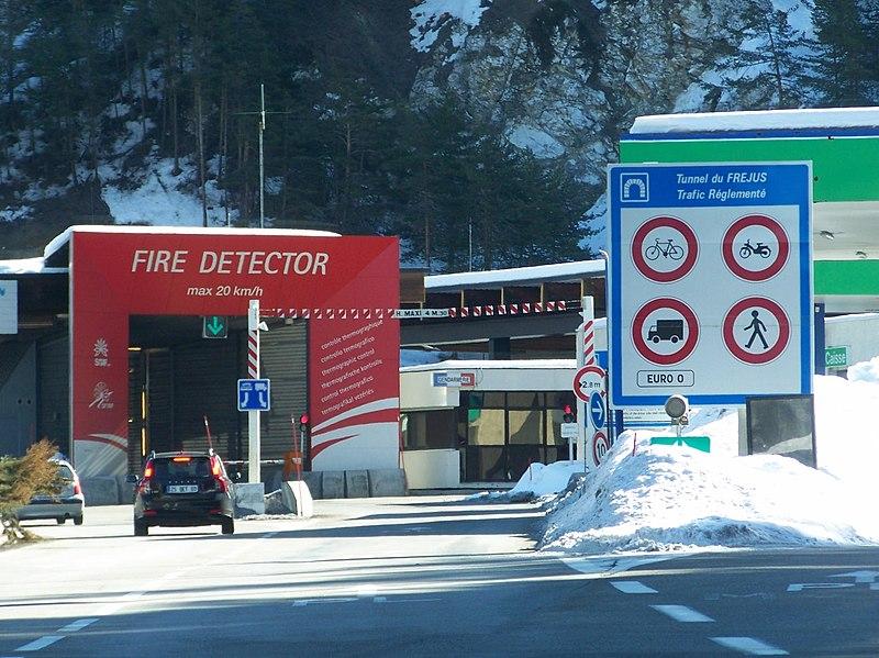 Doublement du Tunnel du Fréjus : un collectif d'ONG adresse une lettre ouverte aux autorités et aux élus