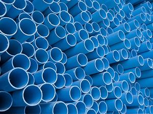 Polychlorure de vinyle (PVC) : à partir du pétrole et du sel