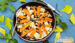 zanahoria, ñame, seta, cebolla, Formación de hielo, tomillo, azúcar, , vainilla
