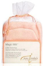 jane-iredale-magic-mitt-makeup-remover, trash your makeup stash, fall, enza essentials, beauty, skin