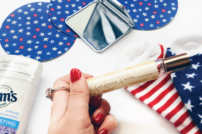 WHAT'S IN MY BAG: 4TH OF JULY, 4th of july, independence day, holiday, summer, summer style, skin, skin care, beauty, beauty blog, blogger, lifestyle, summer skin, be beautiful, enza, enza essentials