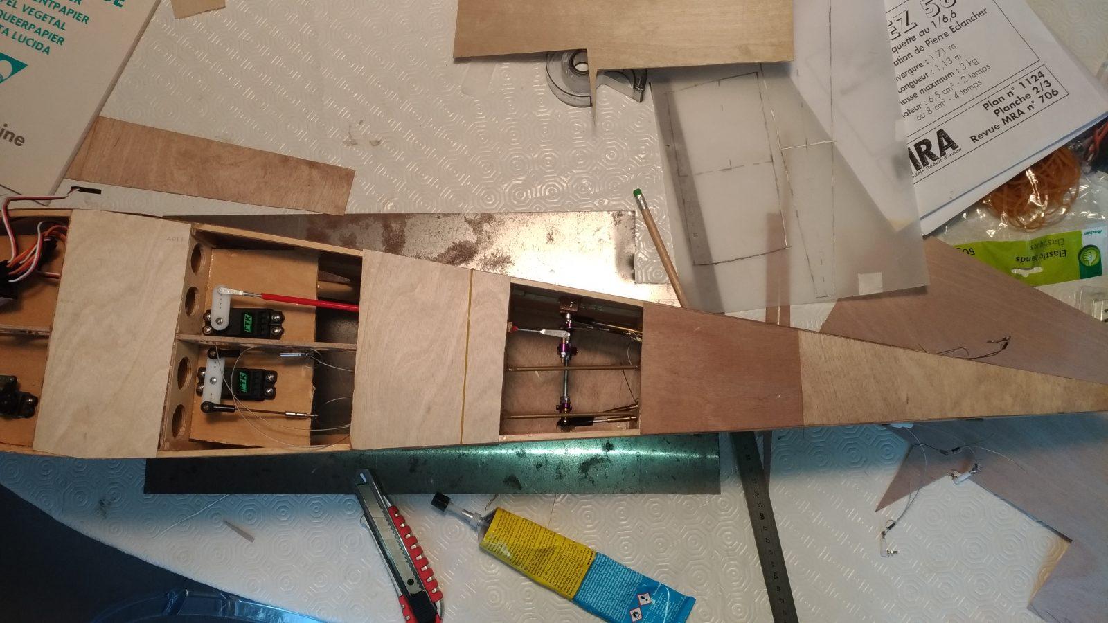 Le fuselage se fait coffrer