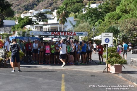 Foto Terza Tappa Salina - 17° Giro Podistico delle Isole Eolie - 31