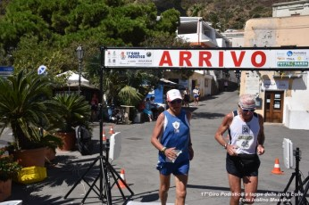 Foto Terza Tappa Salina - 17° Giro Podistico delle Isole Eolie - 384