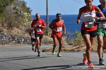 Foto Terza Tappa Salina - 17° Giro Podistico delle Isole Eolie - 76