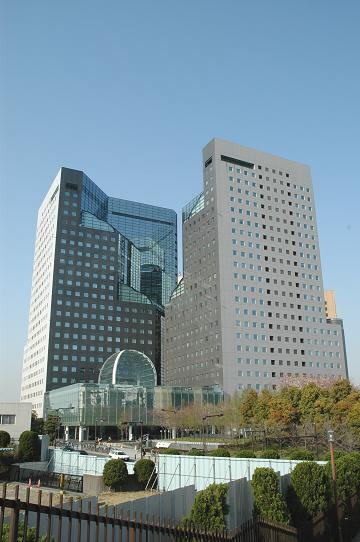 ソリッドスクエア西館 川崎市・超高層オフィスビル