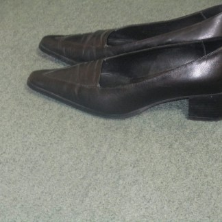 italian leather heels secondhand
