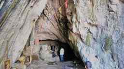 Σπήλαιο στο όρος Σκόλλις