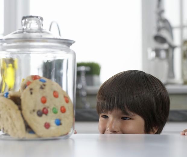 Por que evitar o açúcar no cardápio das crianças