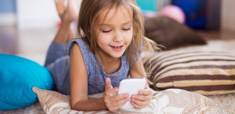 Polêmica envolvendo Messenger Kids alerta para a importância de monitorar as crianças nas redes sociais Entidades internacionais pedem que o Facebook encerre seu aplicativo de mensagens para crianças