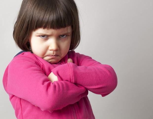 """O que fazer quando a criança começa a """"enrolar"""" para ir a compromissos de rotina?"""