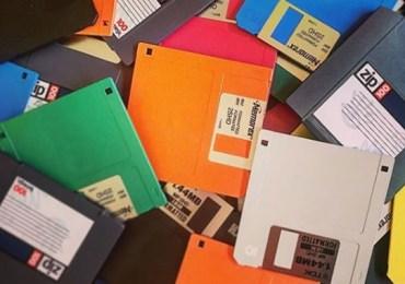 Crianças e adolescentes desconhecem disquete, retroprojetor e pager