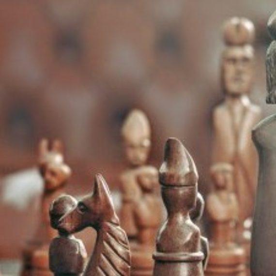 Os benefícios mentais de aprender a jogar xadrez
