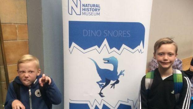 Expert em dinossauros: menino de 10 anos corrige informação de museu
