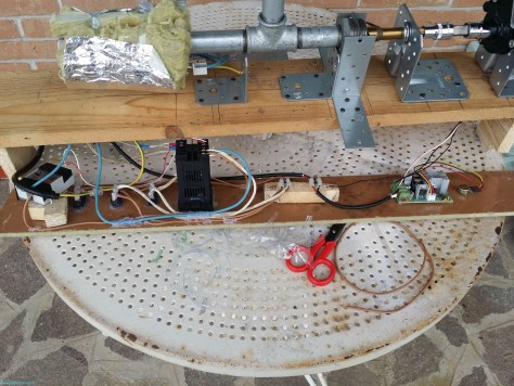 DIY filament extruder, internal electronics